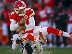 Mack sniffs out Alex Smith, gets sack for fourth consecutive game