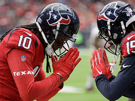 Watch: T.J. Yates finds DeAndre Hopkins in traffic for 7-yard TD