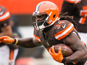 Isaiah Crowell breaks free for 37-yard run