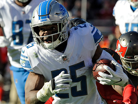 Theo Riddick evades defenders rushes for 18-yard TD