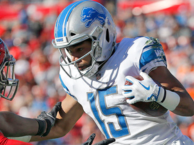 Golden Tate switches into high gear on 24-yard catch