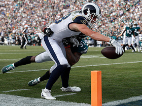 Kupp makes sharp cut, reaches out over goal line for TD