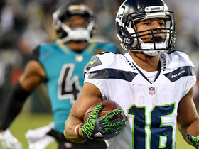 Tyler Lockett rockets past Jaguars defense for 74-yard TD