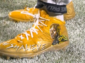 Steelers show support for Shazier during warm ups with '50' jerseys, custom cleats