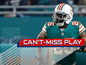 Watch: Can't-Miss Play: Howard outraces Cooks for over-the-shoulder INT