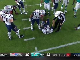 Watch: Referee helps Tom Brady to his feet following sack