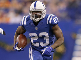 Frank Gore takes screen pass for 22 yards and a first down