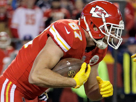 Kelce barrels over two Chargers defenders for 21-yard gain