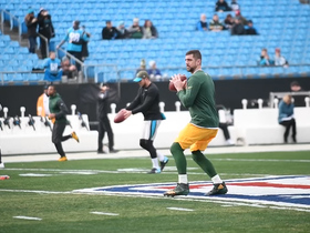 Rodgers throws in warm-ups before his first since injury