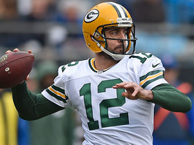 Aaron Rodgers' first pass since injury goes for first down