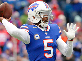 Tyrod Taylor sells play fake, finds wide open Nick O'Leary for 25 yards