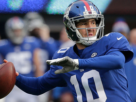 Eli Manning rifles pass to Roger Lewis for 13-yard gain