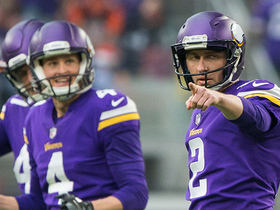 Kai Forbath gets help from goal post on 53-yard FG