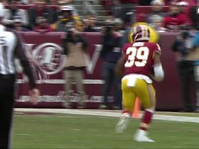 Watch: Cousins sets up perfect screen, Bibbs rumbles 36 yards for TD