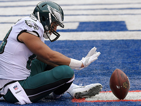 Watch: Trey Burton is left WIDE open on 13-yard TD pass from Foles
