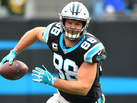 Greg Olsen pulls in another one-handed catch