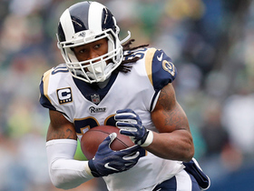 Todd Gurley cuts through gaping hole for 14-yard gain