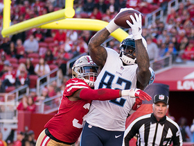 Delanie Walker redeems himself with TD before the half