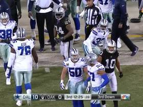 Marshawn goes one-on-one with Byron Jones for quick gain
