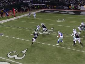 Marshawn Lynch takes pitch for his longest run of game so far