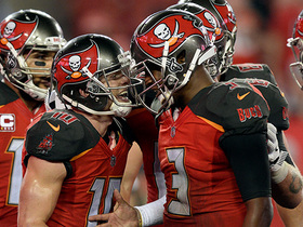 Winston, Humphries cut Bucs' deficit to three with TD connection
