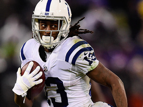 T.Y. Hilton shows toe-drag swag on slick 15-yard catch