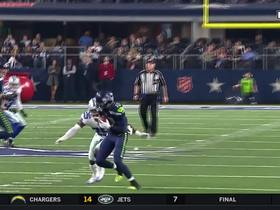 Russell Wilson throws a dart to Paul Richardson at the first down line