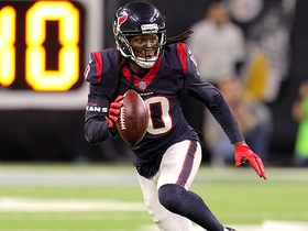 DeAndre Hopkins evades defenders for 38-yard gain