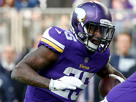 Latavius Murray keeps legs moving for second TD of the day