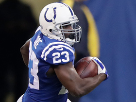 Frank Gore turns on the jets for 16-yard gain