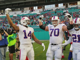 Bills get pumped up before game vs. Dolphins