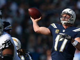 Philip Rivers lasers pass to Antonio Gates for 13 yards