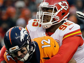 Chiefs D swarms Lynch on forced fumble, Ramik Wilson runs in TD