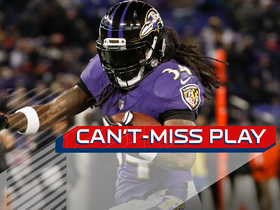 Can't-Miss Play: Collins makes seven defenders miss on shifty fourth-down TD
