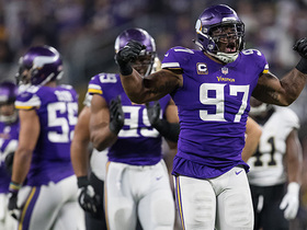 Watch: Film review: What makes the Vikings' defense so good on third down