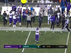 Watch: Burton can't drag feet for third-down catch, Vikings sideline lets him know about it