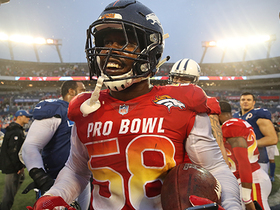 Von Miller says he's been charging Kareem Hunt's hotel room at Pro Bowl