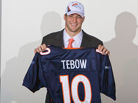 Watch: This Day in Draft History: The Broncos trade picks with Ravens to draft QB Tim Tebow in 2010