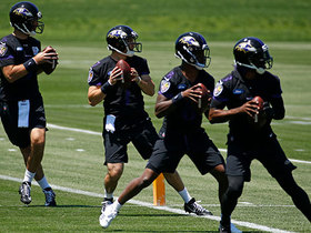 Watch: Ravens QBs go through throwing drills at OTAs