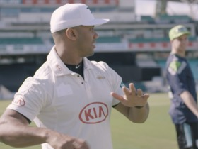 Watch: Russell Wilson practices cricket bowling at the Oval in London