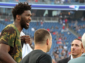 Watch: Joel Embiid roams sideline before Eagles-Pats tilt