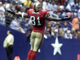 Watch: This Day in History: Terrell Owens celebrates on the Dallas star