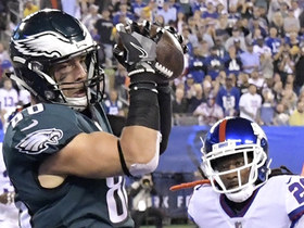 Watch: Ertz catches his second TD of 2018 on dart from Wentz