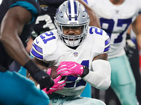 Watch: Zeke zips through gap for 21-yard gain