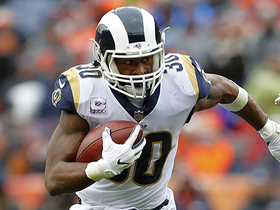 Watch: Gurley breaks free outside on 26-yard run