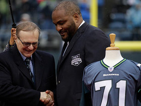 Watch: Walter Jones speaks on his time with Seahawks under Paul Allen