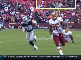 Watch: Adrian Peterson finds opening for 23-yard run