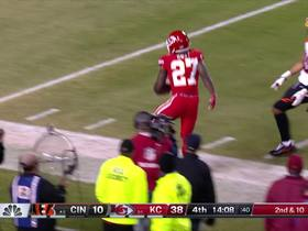 Watch: Kareem Hunt's best plays | Week 7
