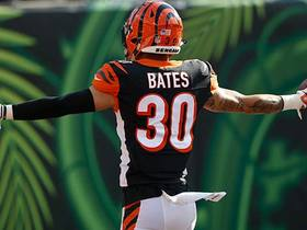 Watch: Jessie Bates reads Winston perfectly for pick-six