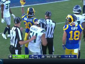 Watch: Gurley picks up 9 more into the red zone